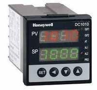 Honeywell PID Controller DC1010CL-302000-E