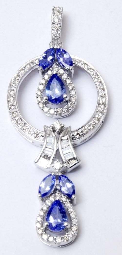 marvellous white gold tanzanite pendant