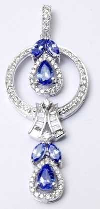 marvellous white gold tanzanite pendant