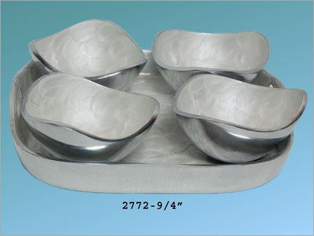 Aluminum Serving Bowls