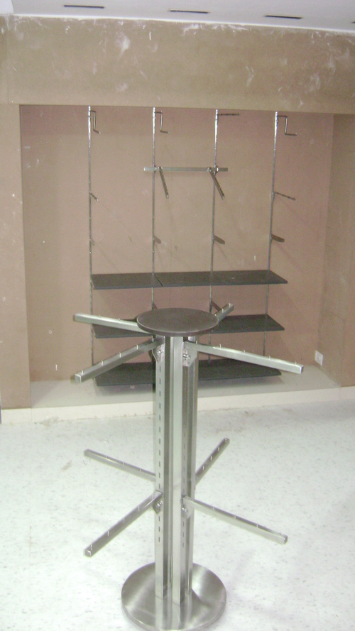 Round Arm Garment Display Rack