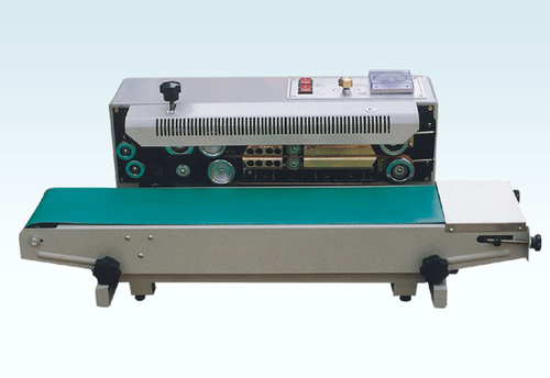 Automatic Pet Bottle Rinsing Filling and Capping