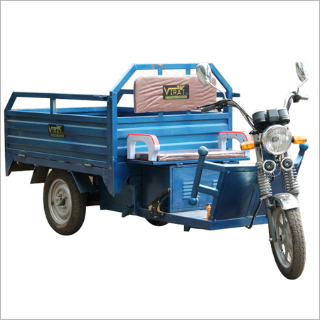 Battery Operated Electric Rickshaws
