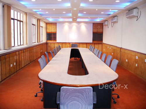 Oval Shaped Conference Tables