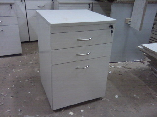 Office  furniture  table