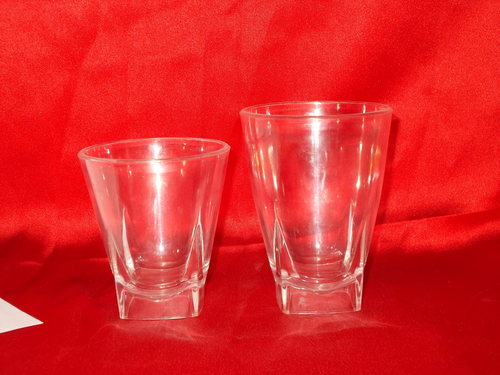 Unbreakable Polycarbonate Vine Glasses