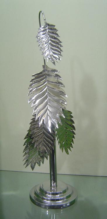 Decorative leaf tree