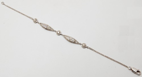 Top quality beautiful diamond gold bracelet