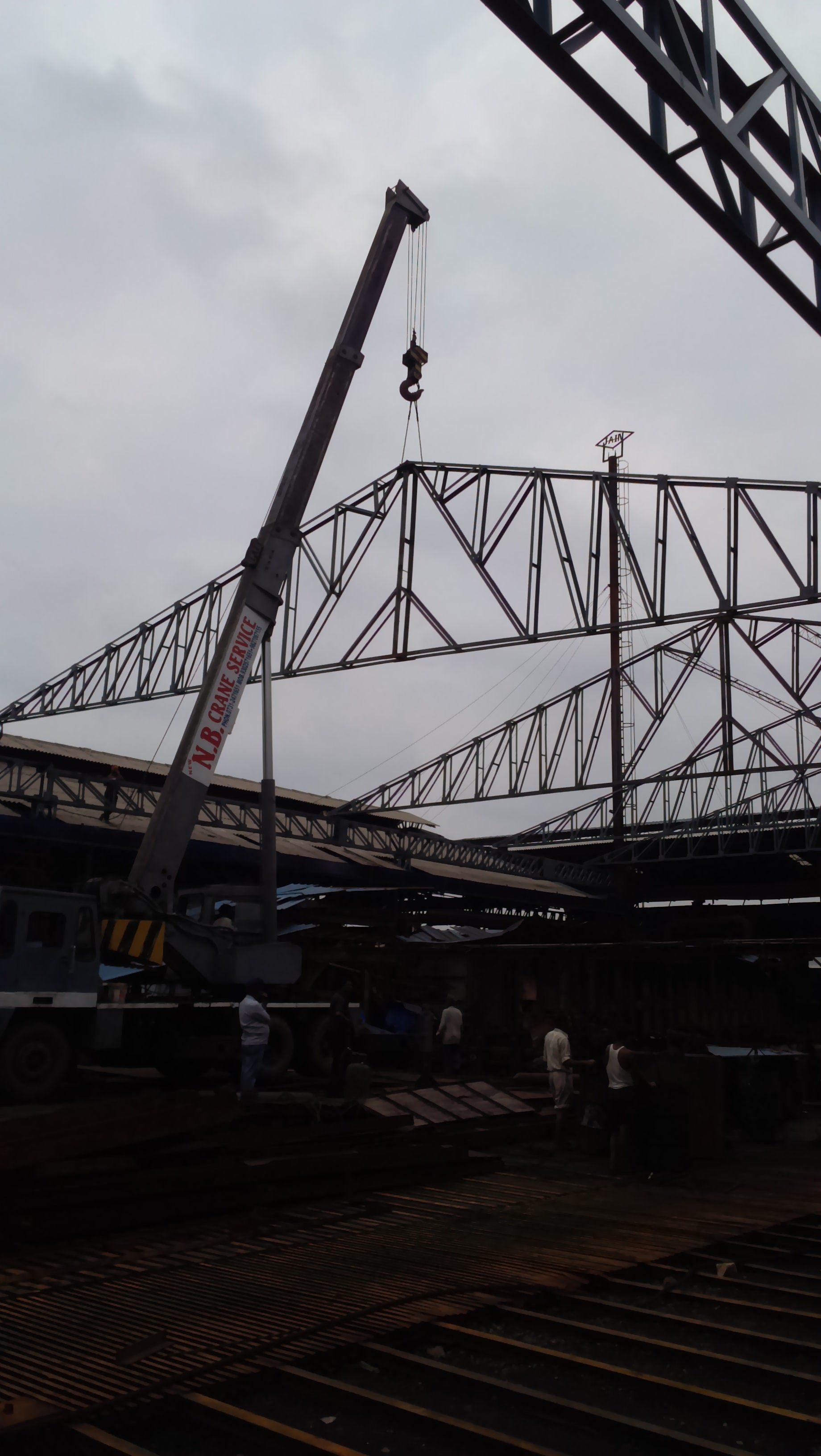 Heavy Crane On Hire