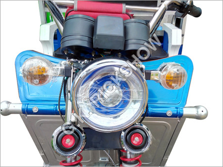 Battery Operated Tricycle Rickshaw