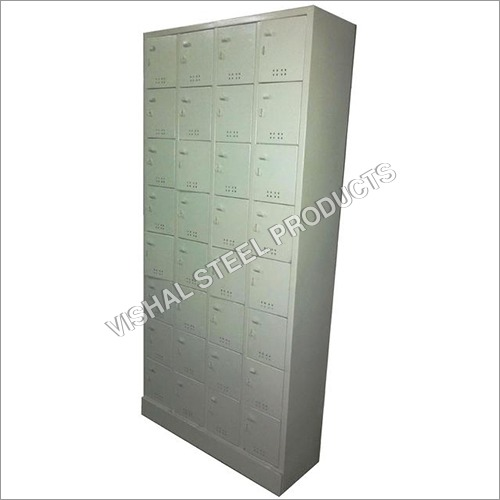 32 Locker Unit