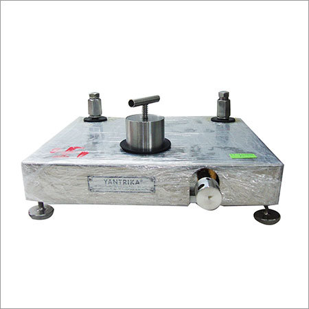 Pressure Comparator Calibration Services