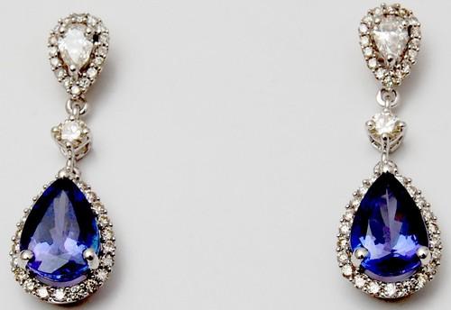 Prong setting checker tanzanite gemstone earring