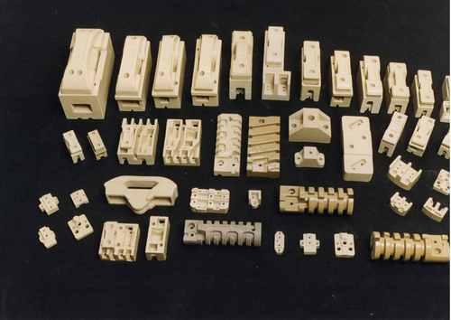 Ceramic Kit Kat Fuse
