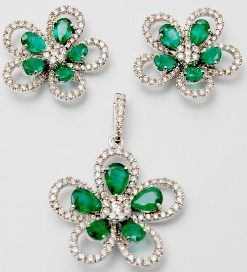 flower design diamond earring pendant set