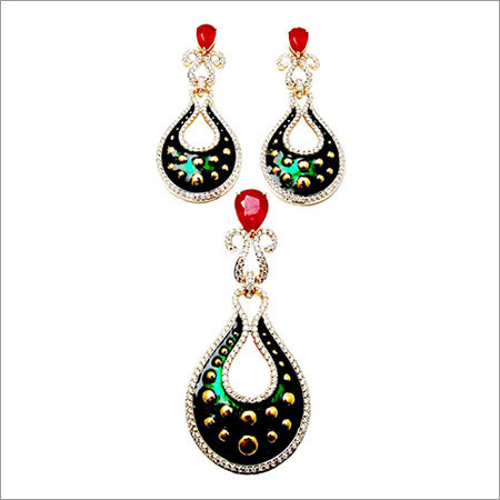 Ruby gemstone diamond pendant jewelry set