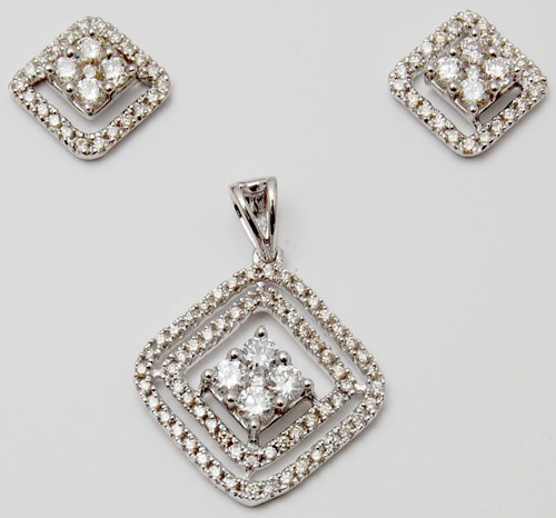 Prong setting diamond white gold pendant set