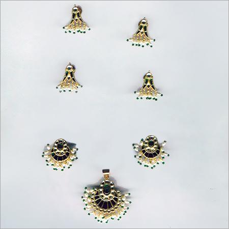 Gold Dearing earring Jewellery