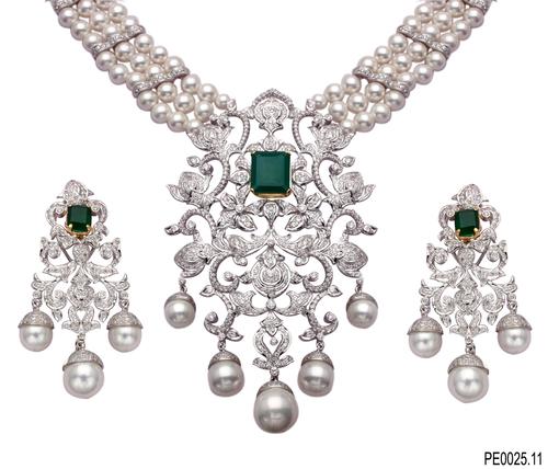Designer Diamond Jewellery Set