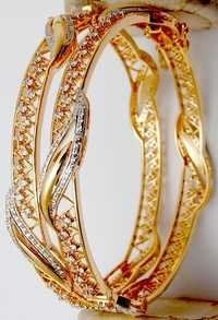 Fancy design diamond gold bangle