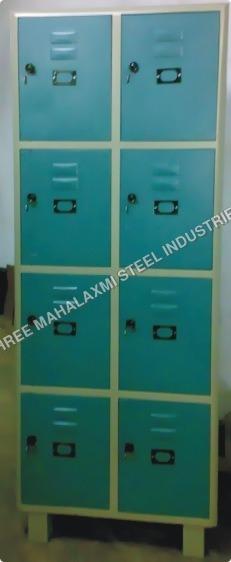8 Locker Almirah