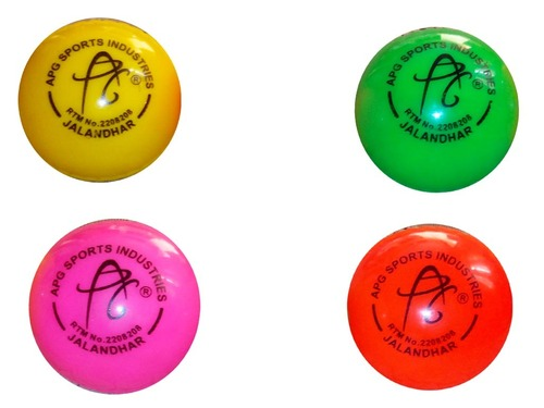 APG Cricket Wind Ball / APG Training Cricket Ball