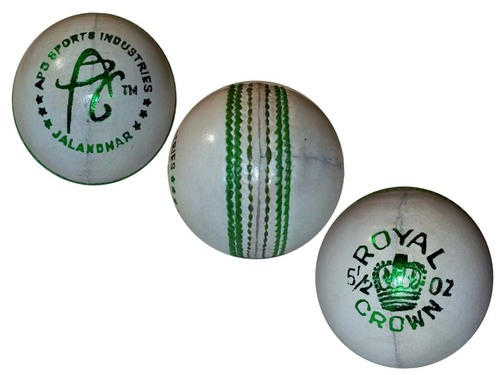 APG Natural White Cricket Balls