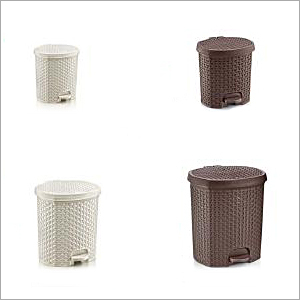 Household Plastic Dustbin