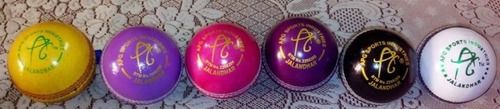 Color Cricket Balls
