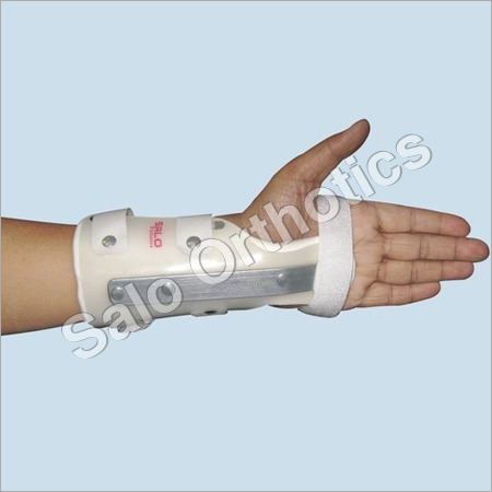 Cockup Wrist Splint (Neutral/Extension)