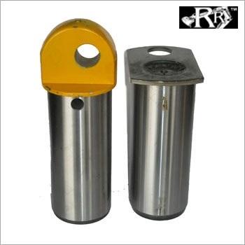 PIVOT PIN (RR628/00501)