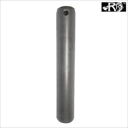 PIVOT PIN (RR646/04608)