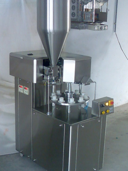 Semi Automatic Laminate Tube Filling Machine