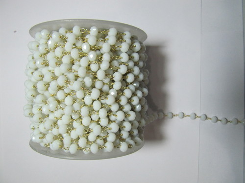 Calcidony White Bead Chain aati
