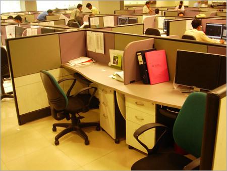 Curved Workstation