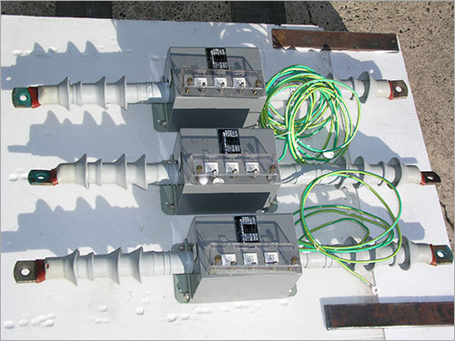 Electrical Current Metering Transformers