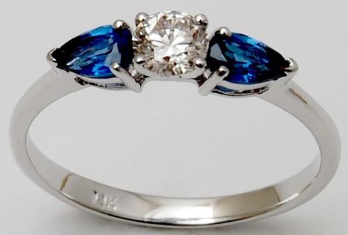 Blue sapphire gemstone ring design