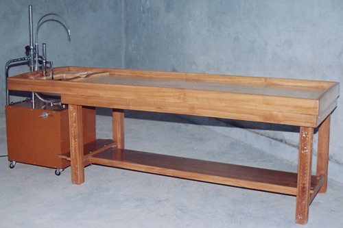 Massage Table With Shirodhara Yantra