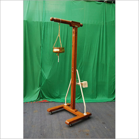 SHIRODHARA STAND (Wooden, with Copper Pot