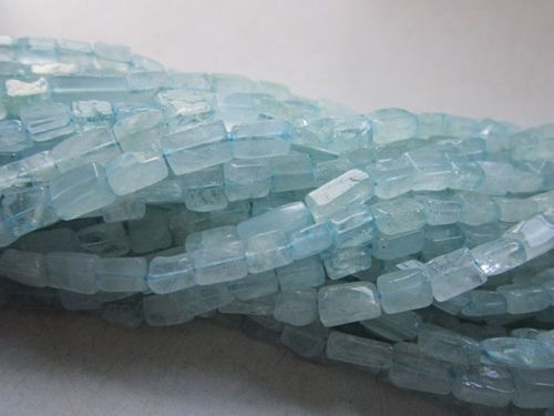 13 inch  aquamarine   plain cube beads one strand