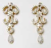 Round And Baguette Cut Diamond Earring