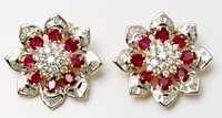 18K Glossy Gold Diamond Stud Earring