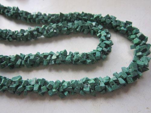 26 inch malachite beaded chips beads
