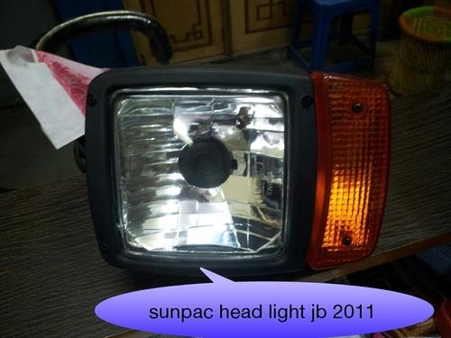 SUNPAC AUTOMOTIVE LIGHT