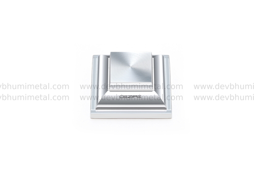Royal Brass Mirror Cap