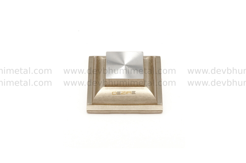 Fancy Royal Brass Mirror Cap