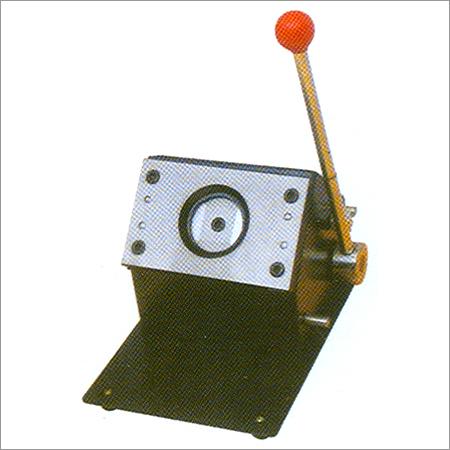 Round Card Cutter