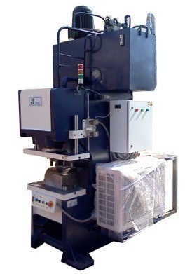 Progressive Washer Cutting Machine