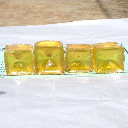 Sample of gum rosin grade WW