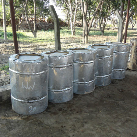 Gum Rosin grade WW packed in 200 KGS new CGI sheet drums